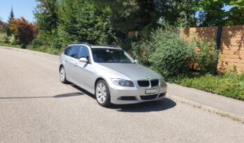 BMW 320d Touring (station wagon) full